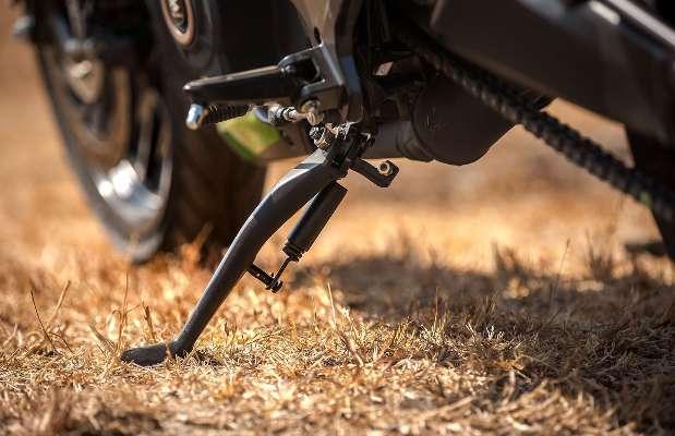 Мотоцикл Bajaj Dominar 400 2019 (10).jpg