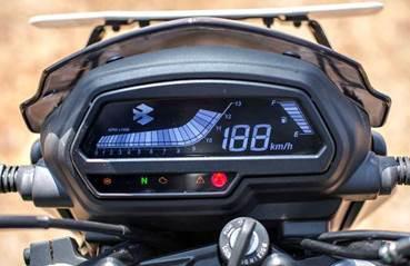 Мотоцикл Bajaj Dominar 400 2019 новинка